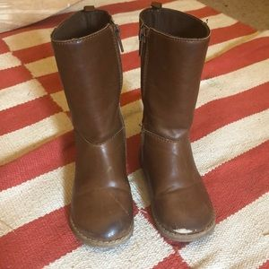 Baby Gap brown toddler boots.